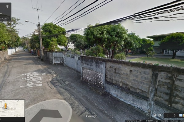 บ้านพร้อมที่ดิน 1 ไร่เศษ ตร.ว.ละ 200,000 บาท ย่านชุมชน แขวงคลองตันเหนือ เขตพระโขนง กทม.